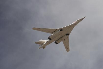 Самолеты США и Канады подняли по тревоге из-за полета российских Ту-160