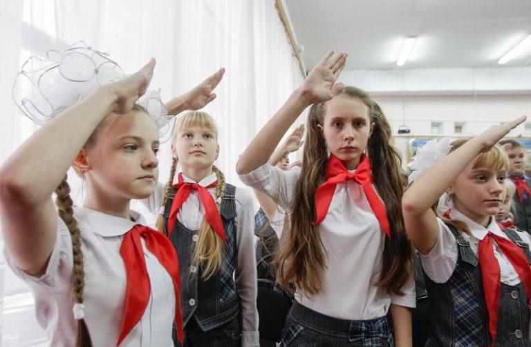 В российских школах предложили изучать пионеров-героев
