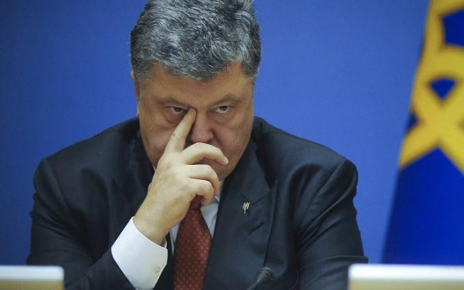 Порошенко намерен уволить главу своей администрации за предательство