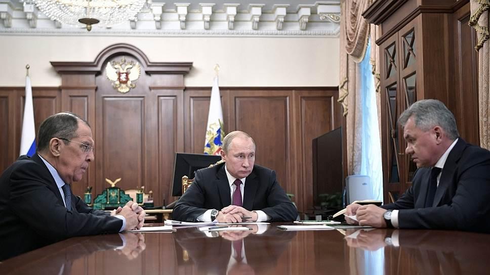 Ответ США: Путин объявил о приостановке участия России в ДРСМД