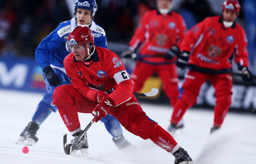 Сборная России по хоккею с мячом стала 12-кратным чемпионом мира