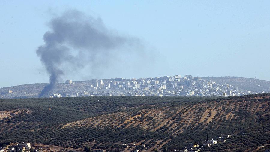 Русская авиация нанесла удар по складу боевиков в сирийском Идлибе