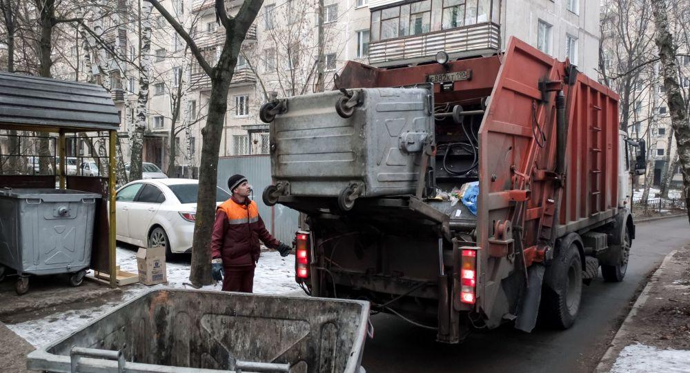 Тарифы на вывоз мусора в регионах отличаются в 27 раз