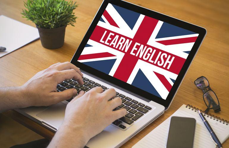 Пенсионеры Можайского активно изучают английский язык