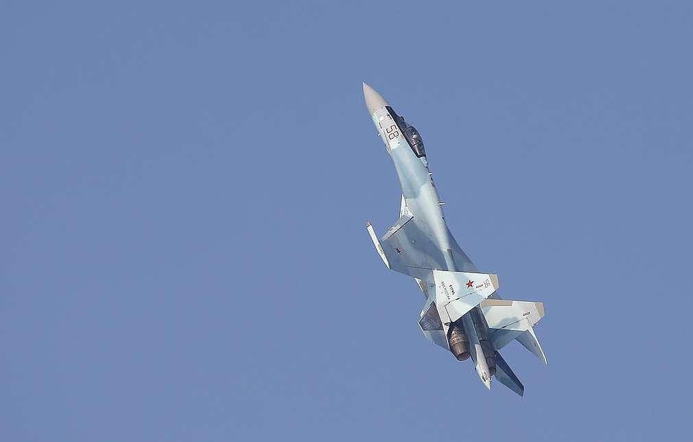 У границ воздушного пространства РФ участились вторжения