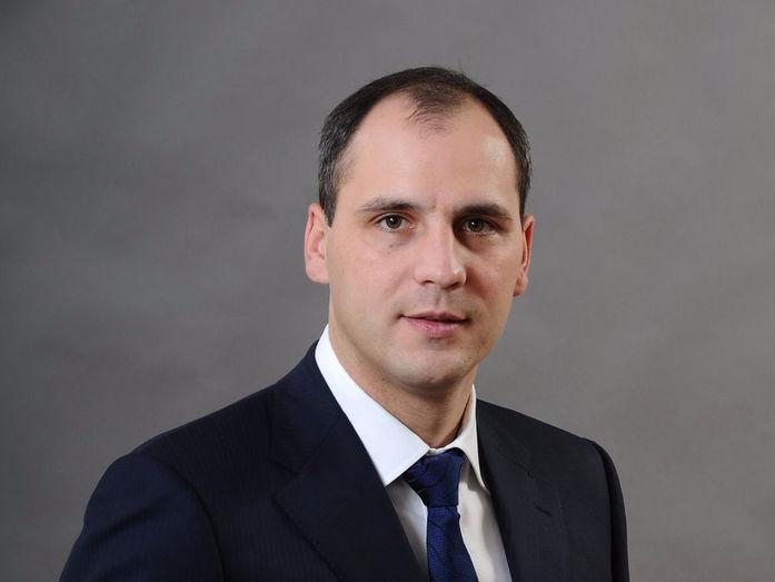 Губернатор Оренбургской области ушел в отставку. Его сменил «технократ» Денис Паслер