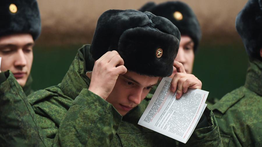 Генштаб высказался против отказа от призыва в армию