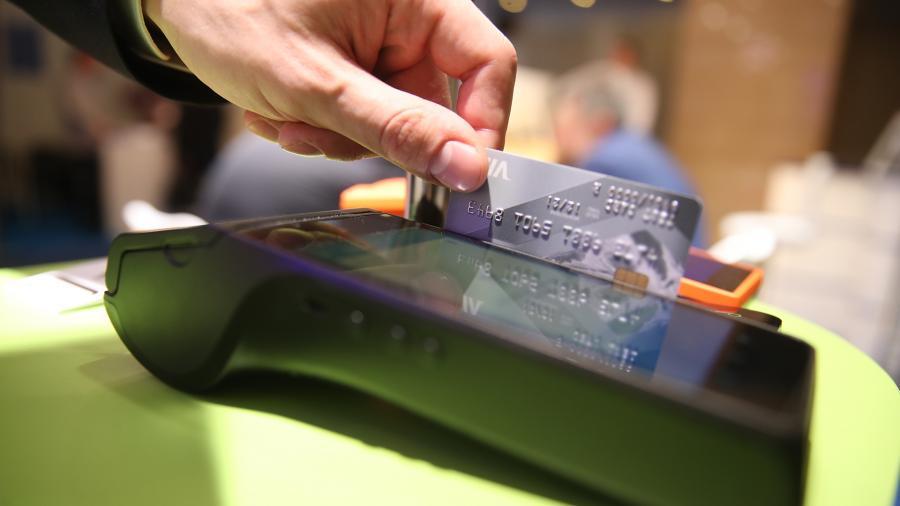 ЦБ хочет обязать банки включаться в систему быстрых платежей