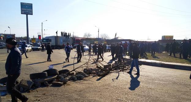 В Назрани атакована мэрия, ранены трое