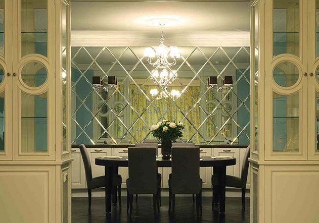 Зеркальные панно захватывают интерьеры столичных квартир