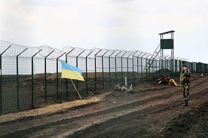 Украина потратит на возобновление строительства стены на границе с РФ почти полмиллиарда гривен