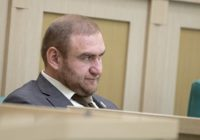 Суд отстранил Рауфа Арашукова от должности сенатора