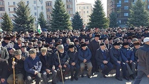 Протестующие в Ингушетии потребовали отставки главы республики