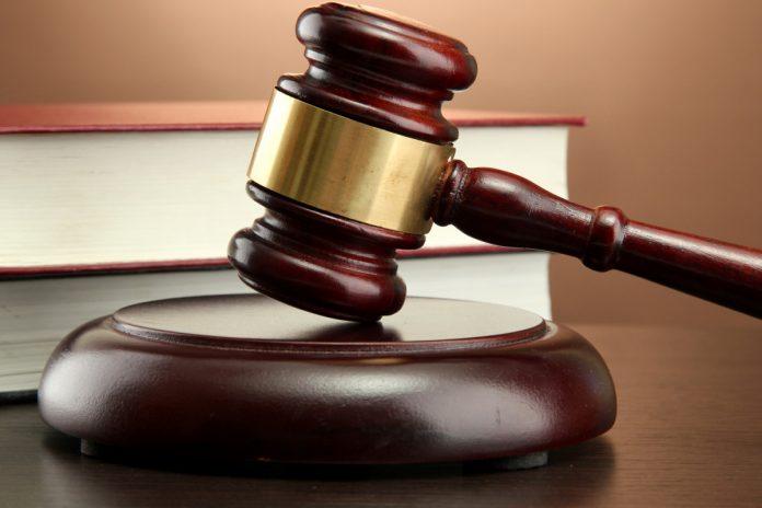 Суд отказался снимать Зеленского с выборов