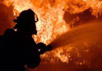 В Смоленской области глава района погиб, помогая соседям тушить пожар