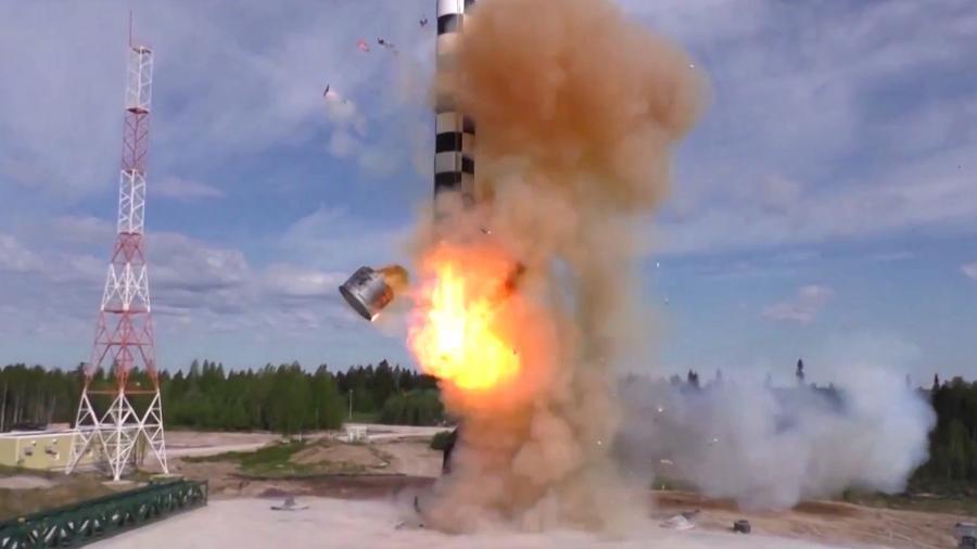 Путин заявил о начале завершающей стадии испытаний ракеты «Сармат»