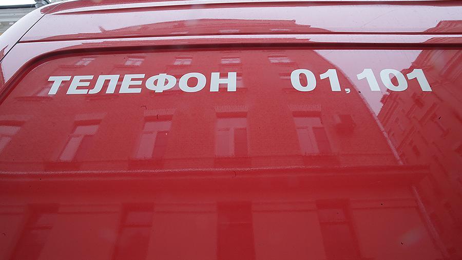 Умер тушивший склад во Владивостоке пожарный