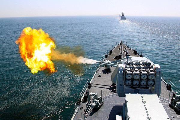 Русский флот показал мощь учениями в Тихом океане