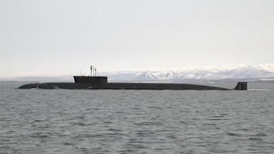 Минобороны показало дуэль российских атомных подлодок на Камчатке