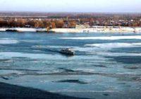 Жители острова Сарпинского остались без сообщения с Волгоградом