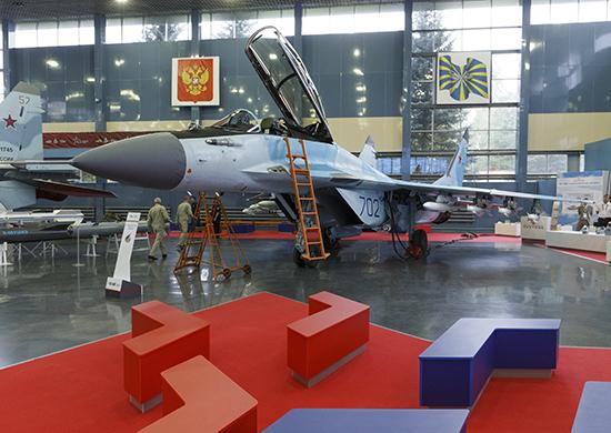 Минобороны России заключит крупный контракт на ракеты для истребителя пятого поколения Су-57