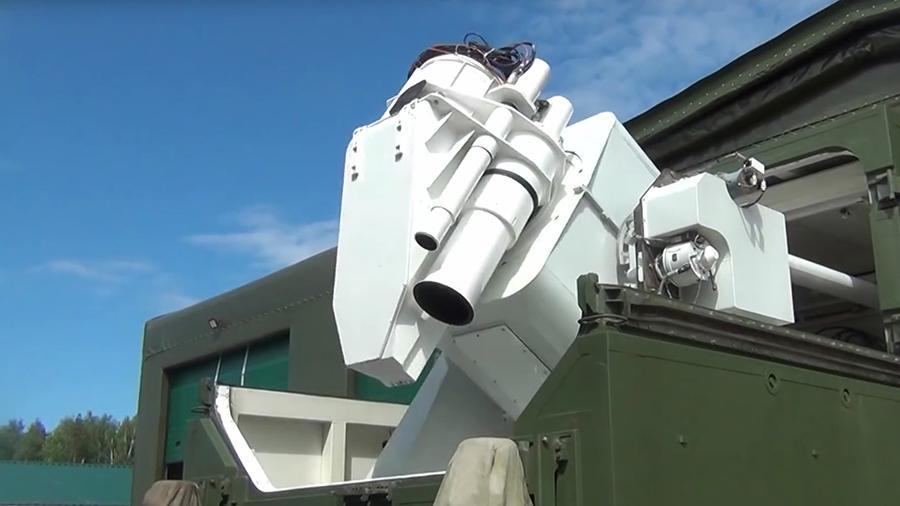 Эксперт сравнил боевые лазеры России и США