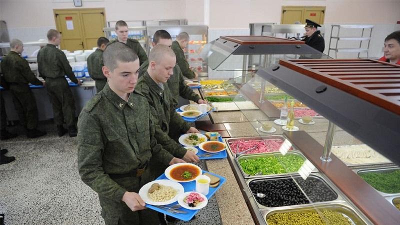 В Кремле отвергли возможность отмены призыва в армию