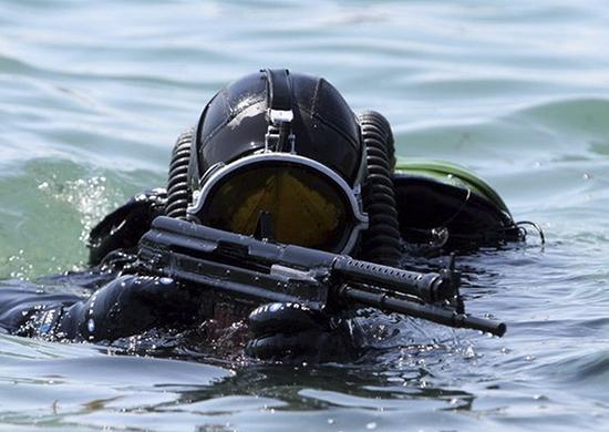 Россия провела противодиверсионные учения в Черном море