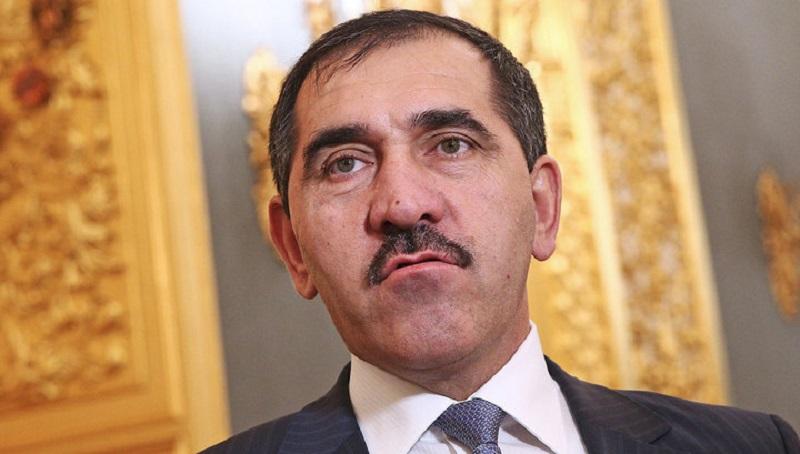 Юнус-бек Евкуров заявил о досрочной отставке