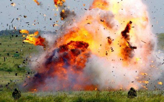 взрыв в поле