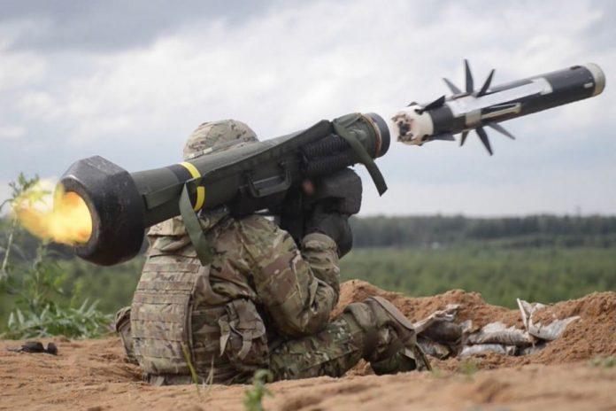 Не справились с технологией: Украина вывозит в Польшу американские комплексы Javelin
