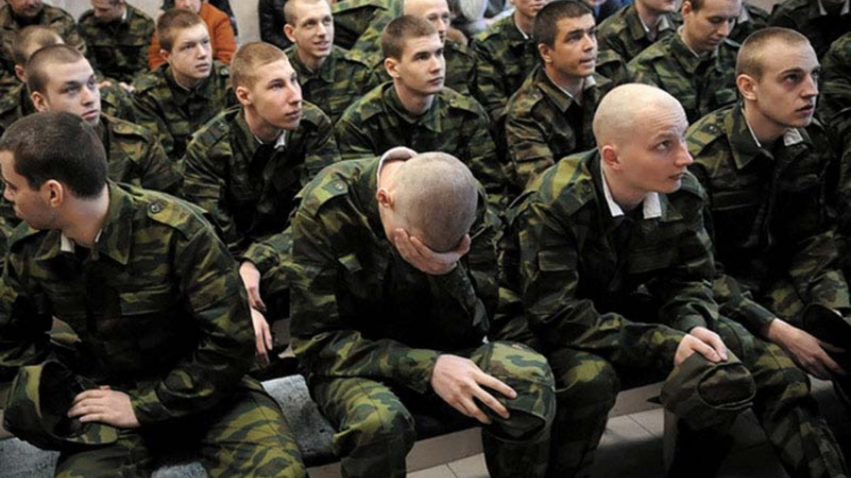 Российских военных начнут пускать в цирк бесплатно