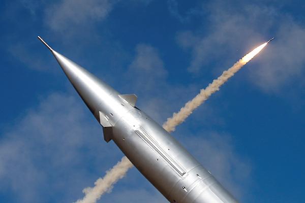 Китай впервые показал пуск ядерной DF-17