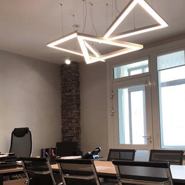 Как правильно выбрать светильники под любой интерьер?