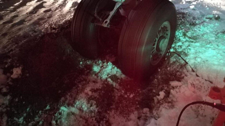 Появились фото с места ЧП с Sukhoi Superjet 100 на Чукотке