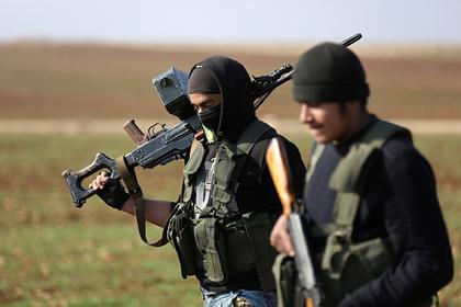Курды на семь часов заблокировали конвой с российскими военными
