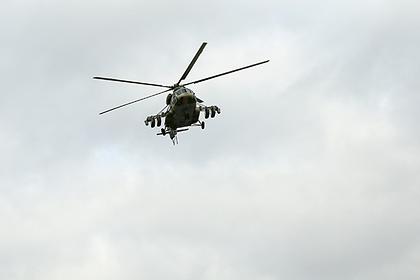 Вертолет Ми-8 со школьниками экстренно сел на Таймыре из-за отказа двигателя