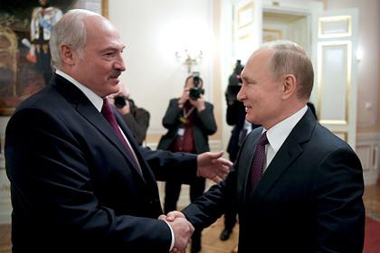 Путин позвонил Лукашенко накануне выборов