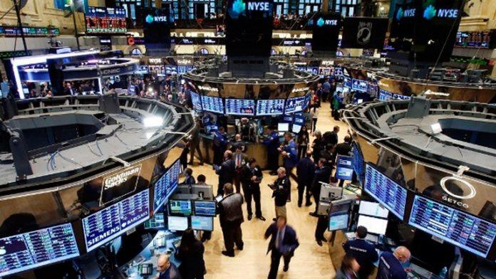 «Новая Великая депрессия»: американские биржи снова закрылись обвалом индексов