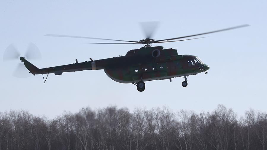 Вертолет Ми-8 случайно выстрелил по жилому дому в Чите