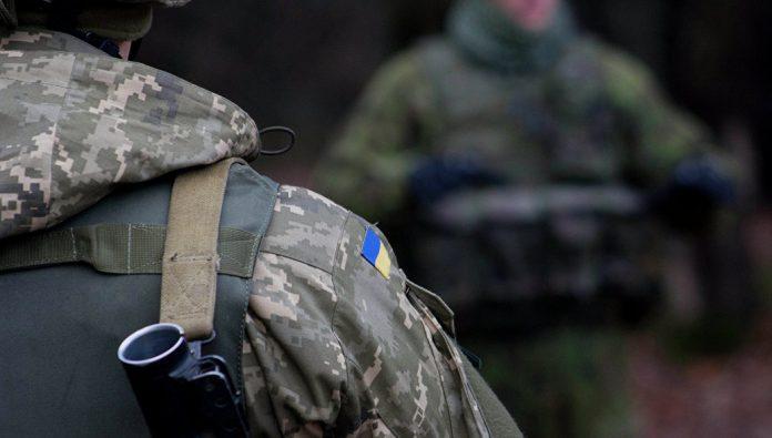 «Правый сектор» расстрелял солдат украинской армии