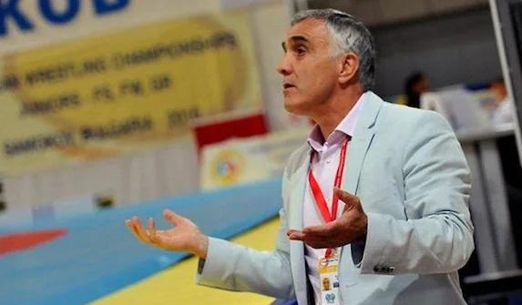Умер главный тренер женской сборной России по борьбе