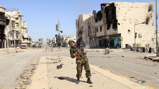Правительство Ливии захватило авиабазу под Триполи