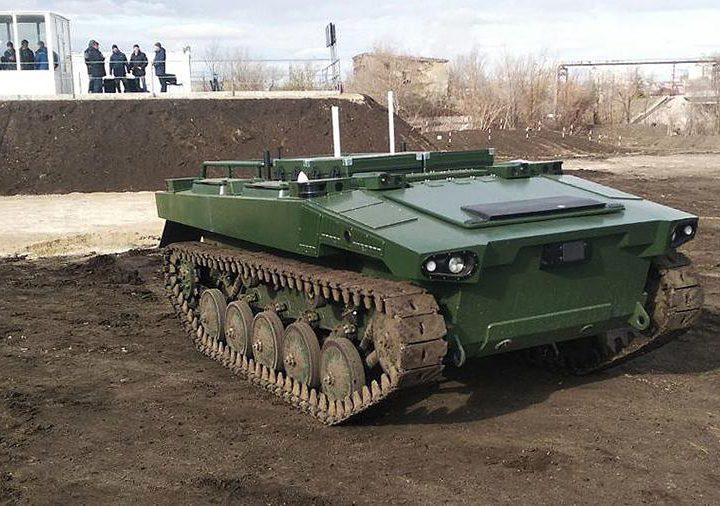 В России начали испытания голосового управления боевыми роботами
