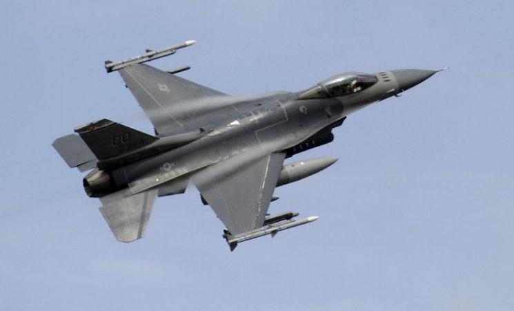 Турецкие F-16 подлетели к Еревану на расстояние воздушного удара
