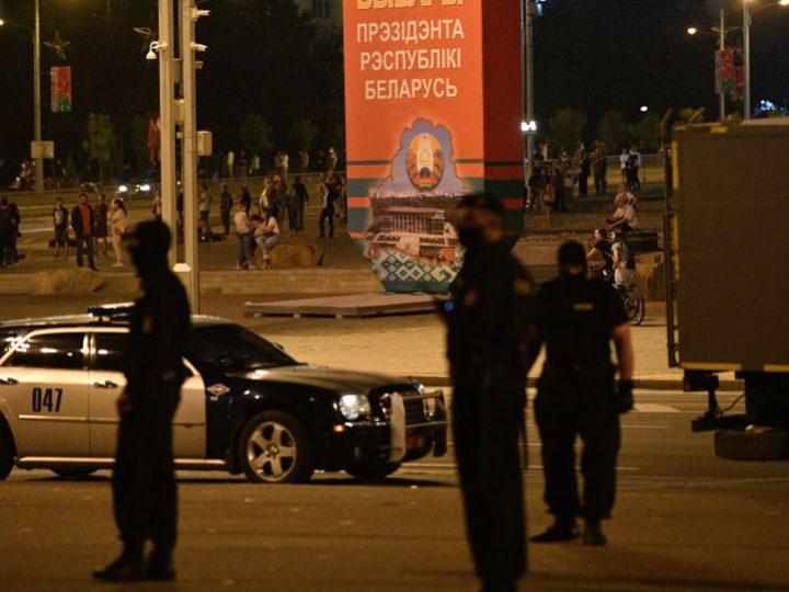 В протестующий белорусский регион перебросили военную технику