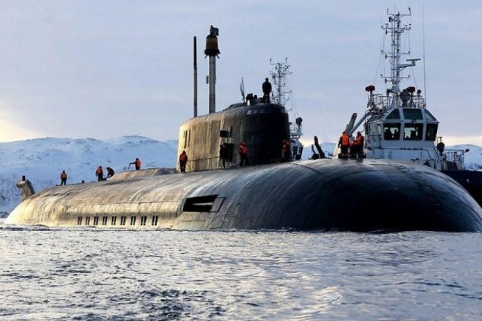 Субмарина ВМФ России заставила спасаться бегством авианосец ВМС США