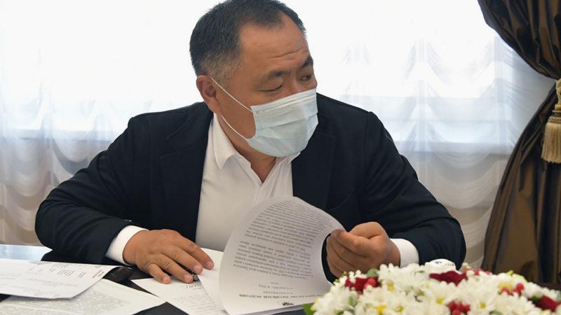 Глава Тувы после лечения в Москве вернулся к работе