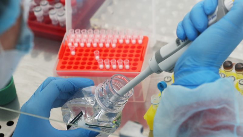 Врач рассказал о способе контроля за одним из осложнений коронавируса