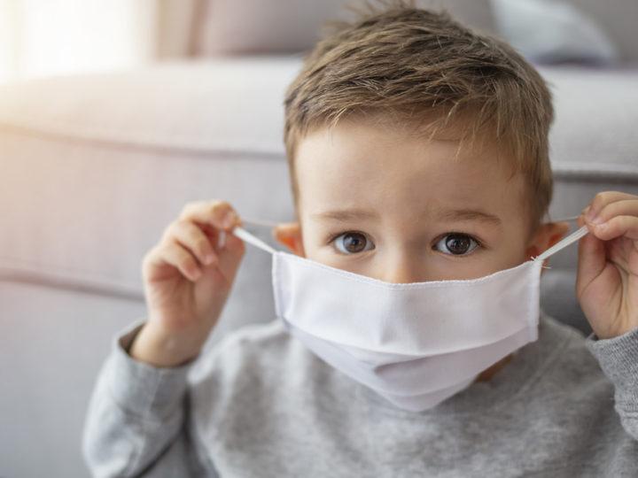 Ученый спрогнозировал снижение заболеваемости COVID-19 в марте